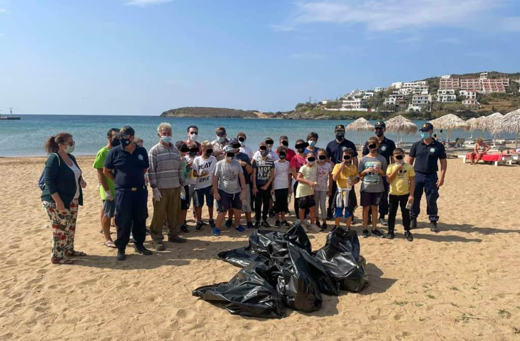 Καθαρισμός παραλίας Μπατσίου 28 Σεπτεμβρίου
